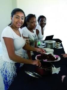 Alumnas de Nueva Guinea en la Primera Feria de Intercambio Cultural en la UNSJ