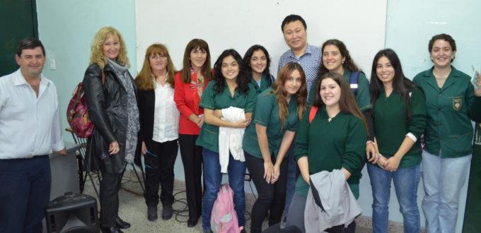 La ECLGSM participa de programas de intercambio con China